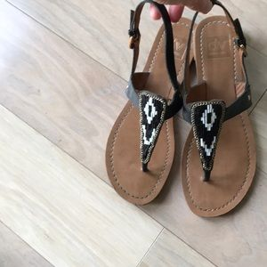 Adorable Dolce Vita Aztec Beaded Sandals 8.5